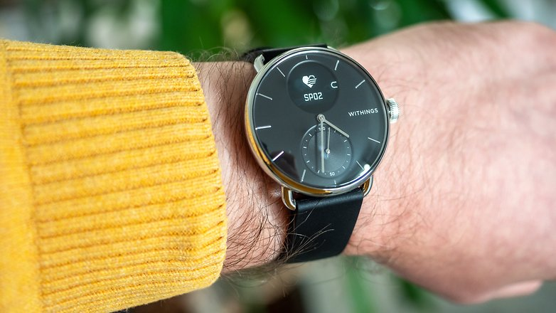 Лучшие гибридные умные часы: Withings ScanWatch