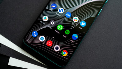 Photo of Разборка OnePlus 8T показывает две батареи и систему охлаждения внутри